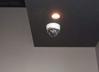 監視カメラ・防犯センサー・入退出管理を1括管理2