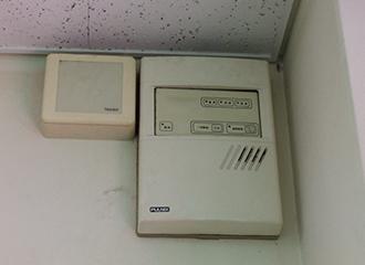 病院の薬在庫に入退出装置を納入1